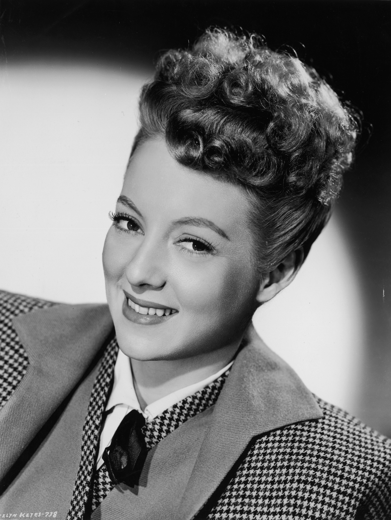 Evelyn Keyes-12
